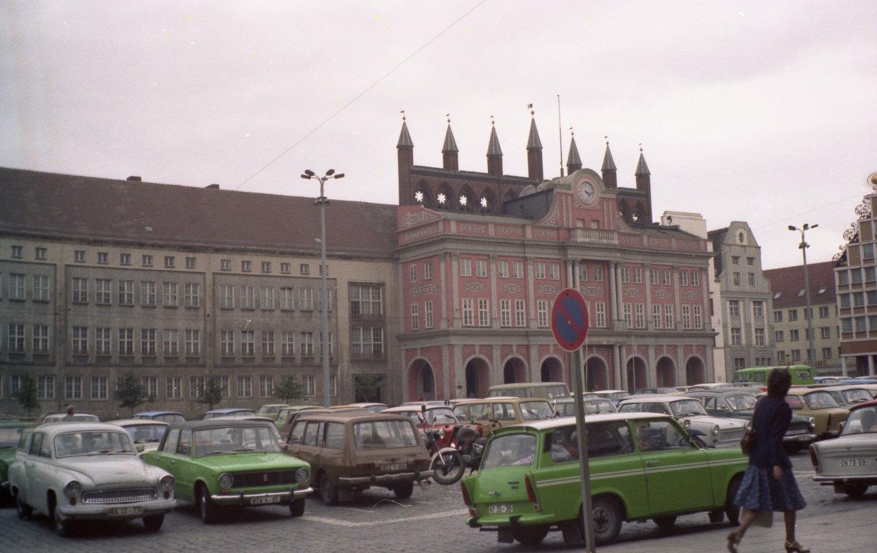 rathaus_o_ajuntament_de_rostock_setembre_del_1983.jpg